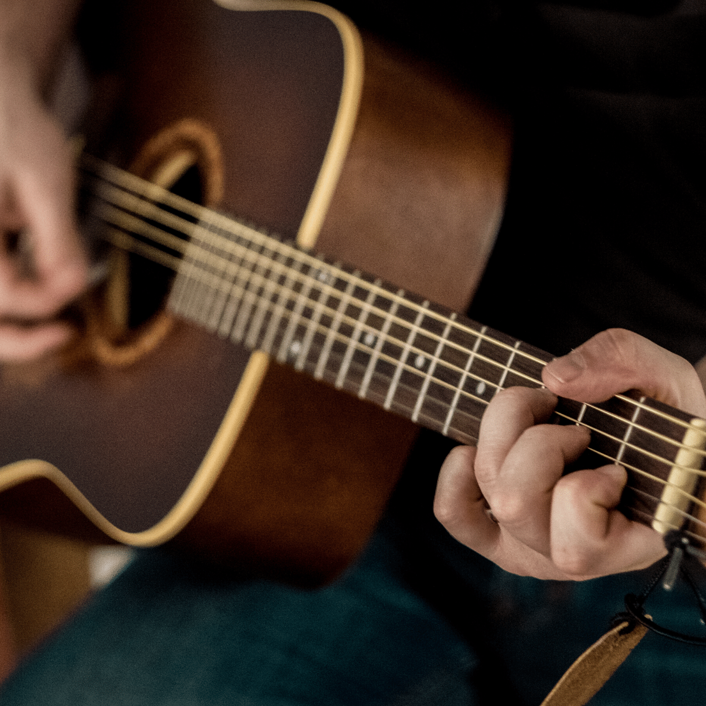 Absolute Beginners Guitar Tuition